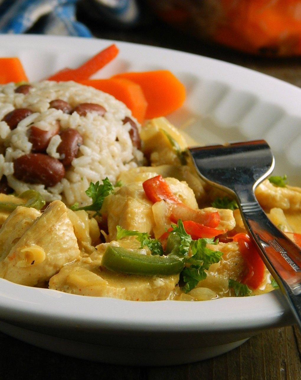 Pollo en Leche de Coco - Guatemalan Chicken in Coconut Milk with Rice & Beans