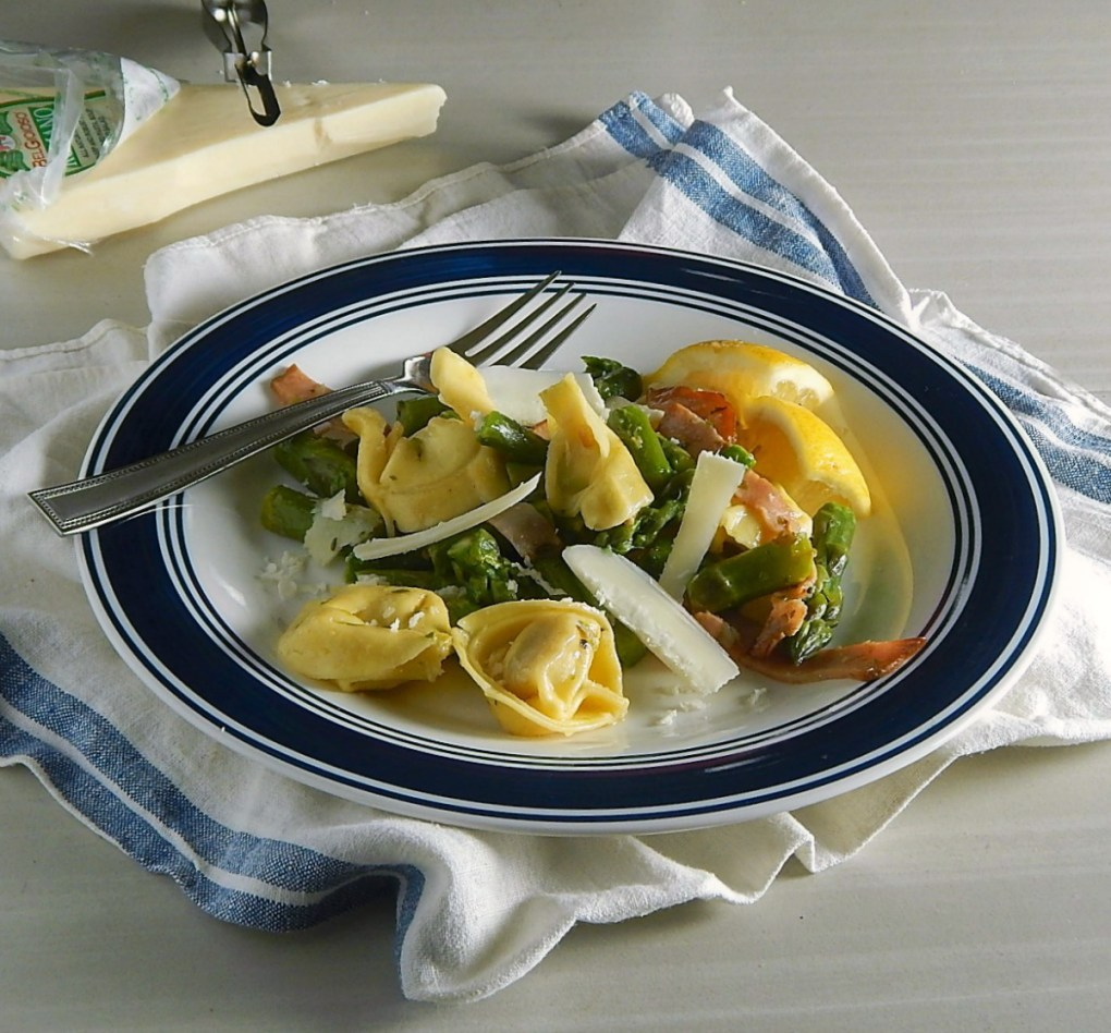 Cheese Tortellini & Asparagus in Brown Butter Sauce