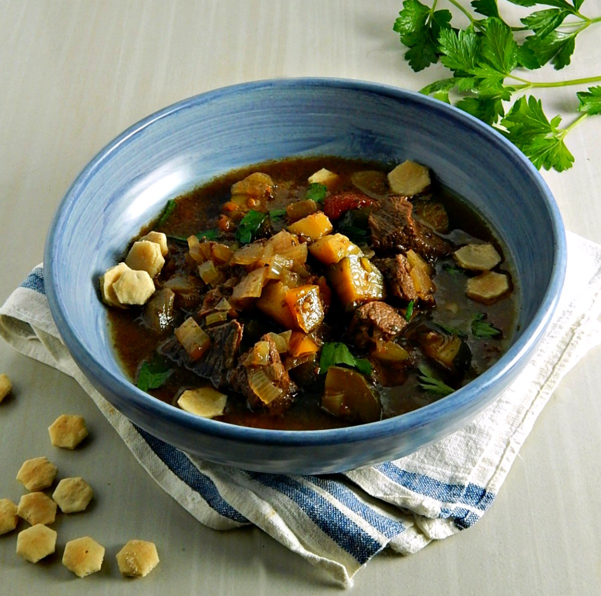 Slow Cooker Zucchini Beef Soup