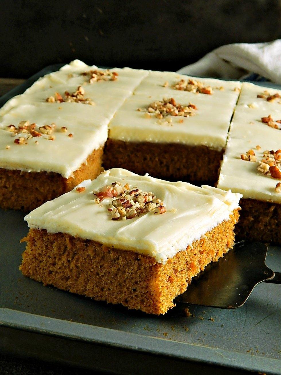 Easy Pumpkin Spice Sheet Cake