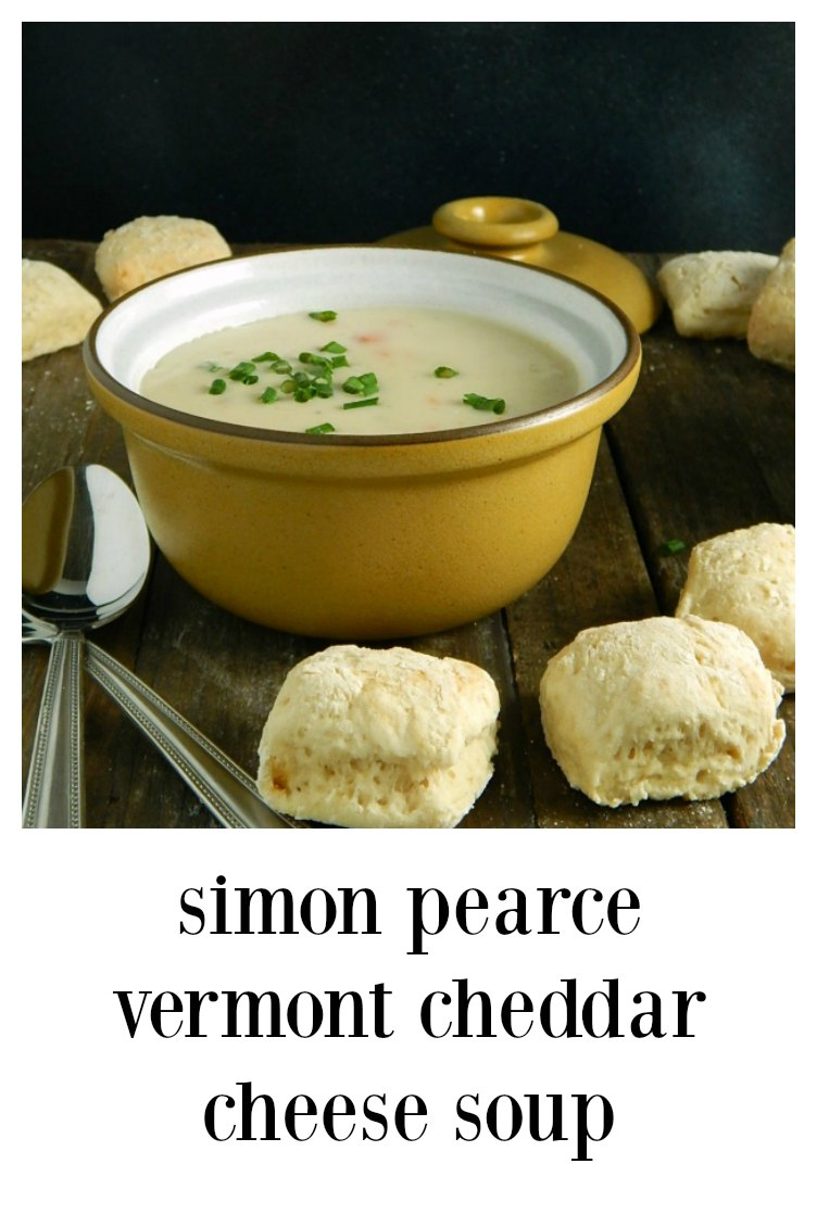 Simon Pearce Vermont Cheddar Soup is not just a soup, it's an experience. From Simon Pearce Restaurant this is cheesy, silky & perfect! #SimonPearceVermontCheddarSoup #VermontCheddarSoup #WhiteCheddarSoup
