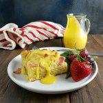Eggs Benedict Breakfast Casserole