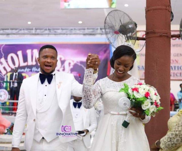 Darasimi Lawrence Oyor white wedding