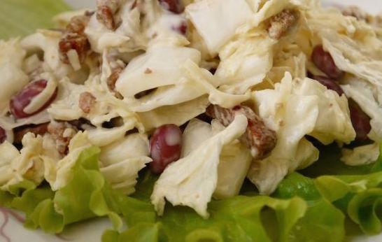 Салат из фасоли и пекинской капусты