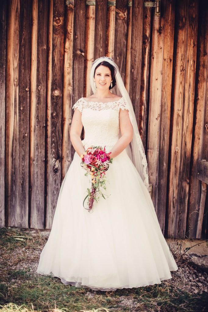 weddingaugust0848523509231565