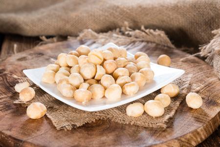 Noci di macadamia la pianta propriet calorie dove for Pianta di noci