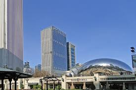 """Chicago's famous street decoration called """"the bean"""""""