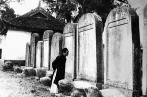 Những điểm yếu của sĩ phu Việt