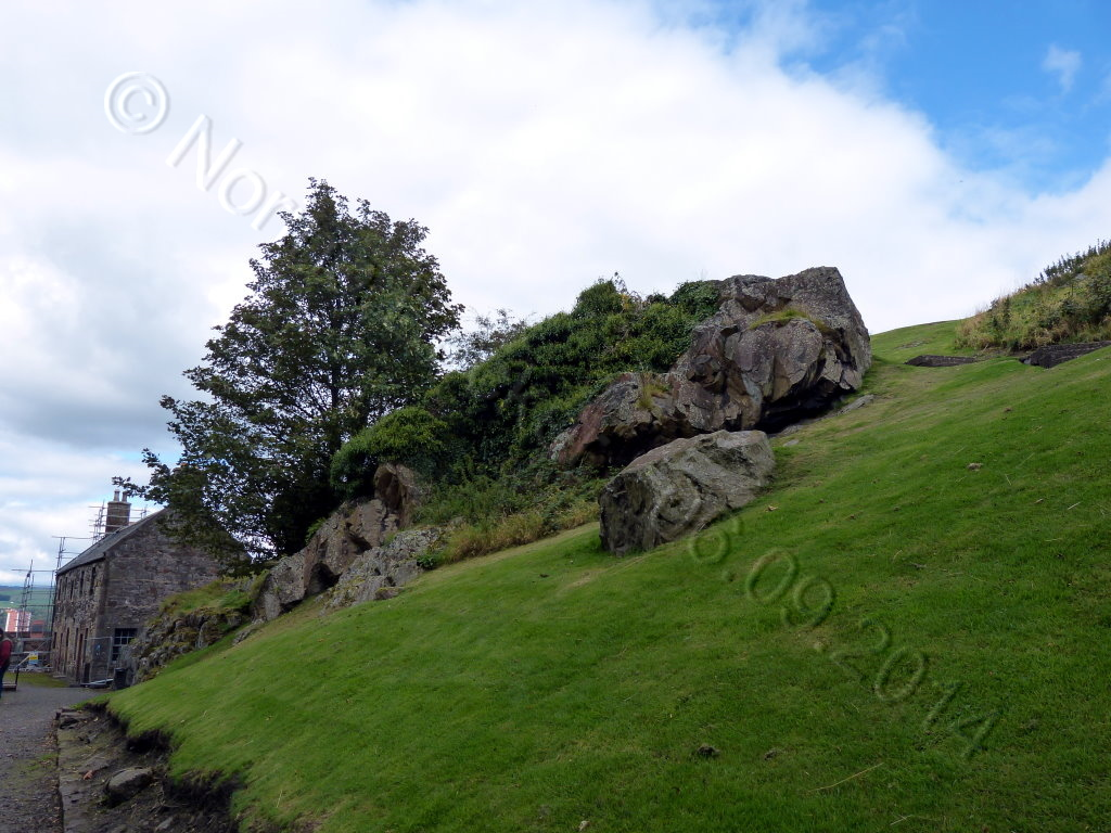 Dumbarton Castle 01 2014