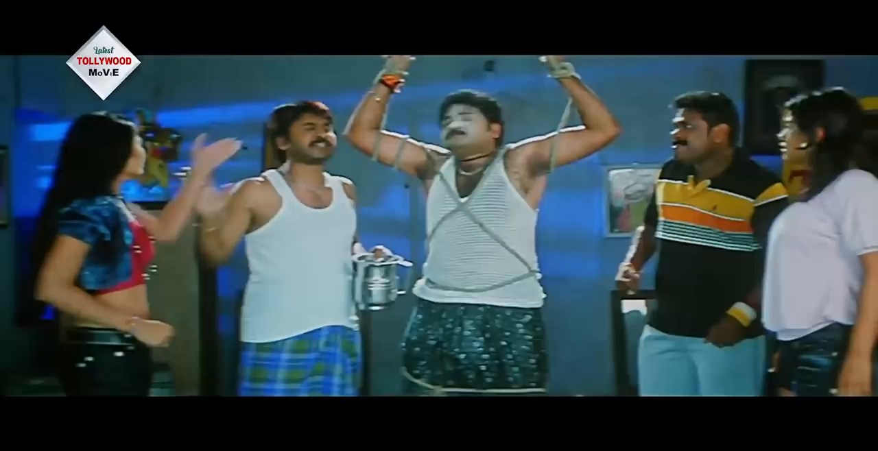 NAGINIR PRATIGHAT Bengali Dubbed Movie.mp4 snapshot 01.07.33.080