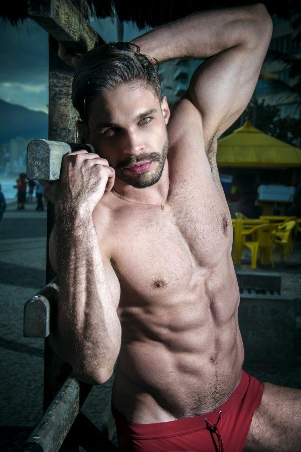 Julian Gil by Léo Castro