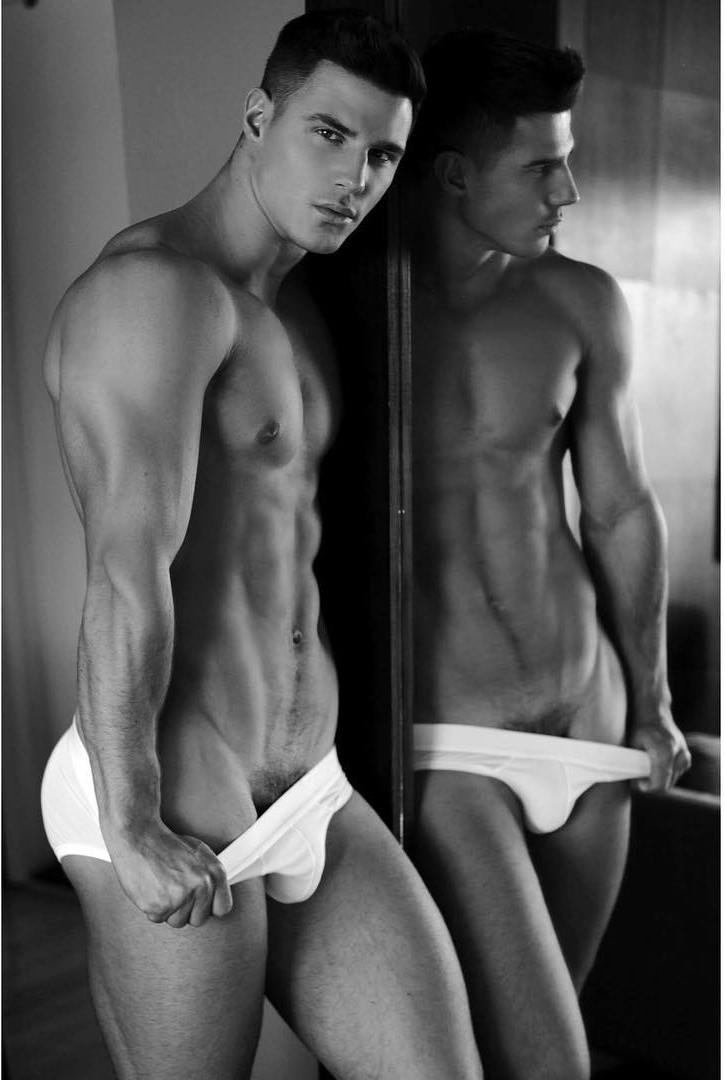 Dmitry Averyanov by Thomas Synnamon (Part 2)