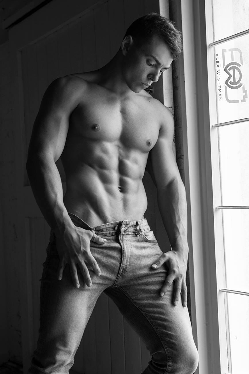 Elliot Robinson by Alex Wightman