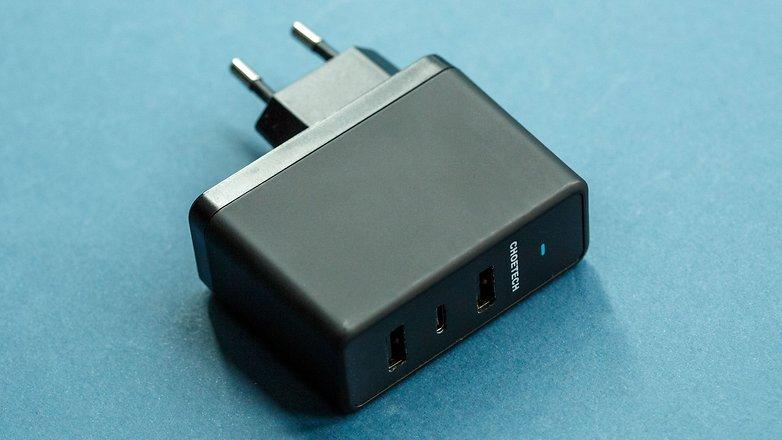 зарядное устройство для androidpitchoetech TC0013