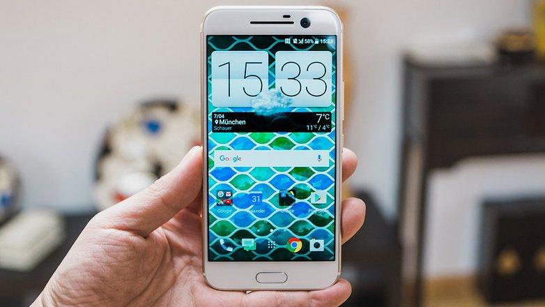 AndroidPIT HTC 10 Руки на 5043