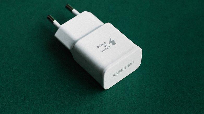 AndroidPIT быстрые зарядные устройства 9883