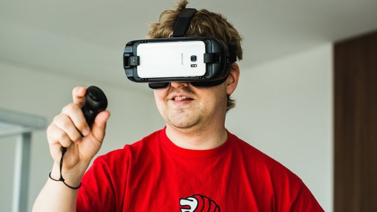 AndroidPIT samsung gear vr 2017 8990