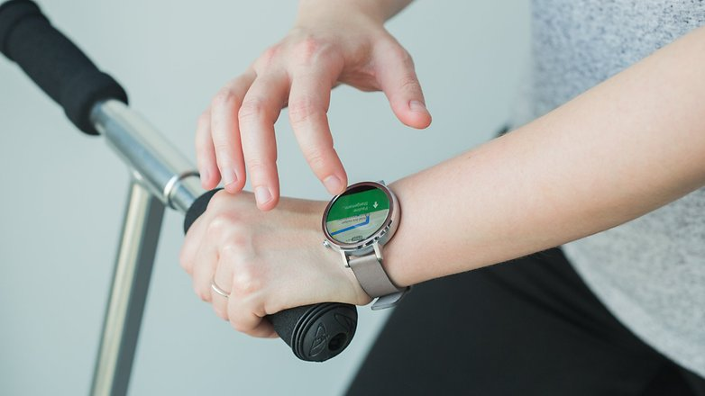 AndroidPIT moto 360 2015 35