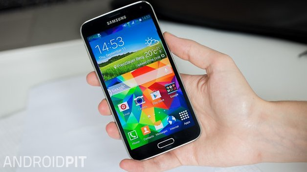 Samsung Galaxy S5 рука