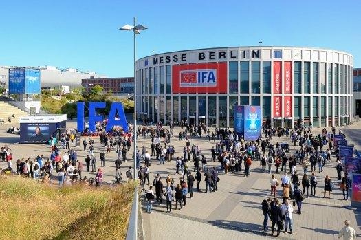 IFA 2019 south entrance crowd