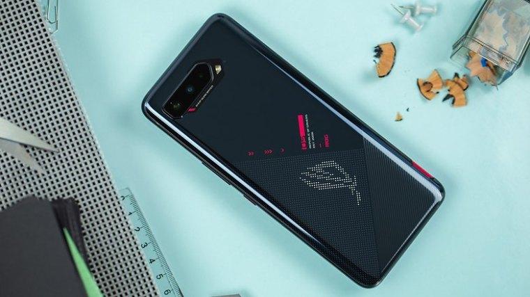 NextPit Asus ROG Phone 5 back