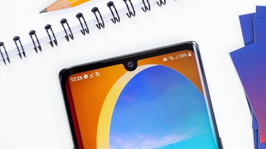AndroidPIT LG Velvet front camera