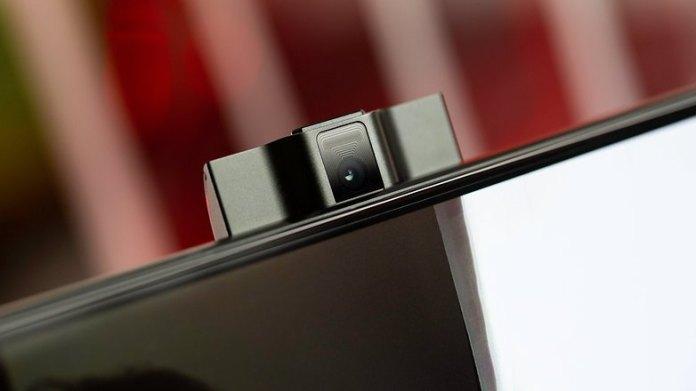NextPit Lenovo Phone Duel L79031 front camera