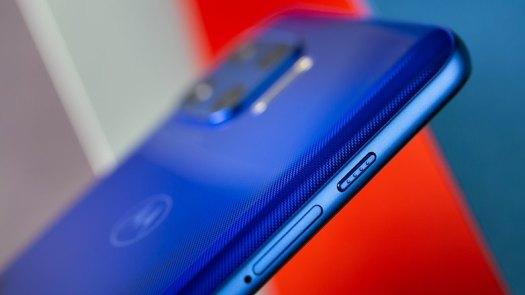 NextPit Motorola Moto G 5G Plus side