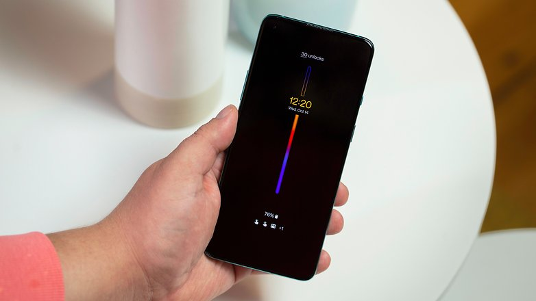NextPit OnePlus 8T clock screen