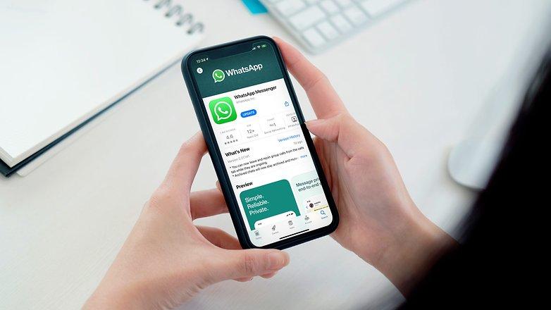 Обновите WhatsApp