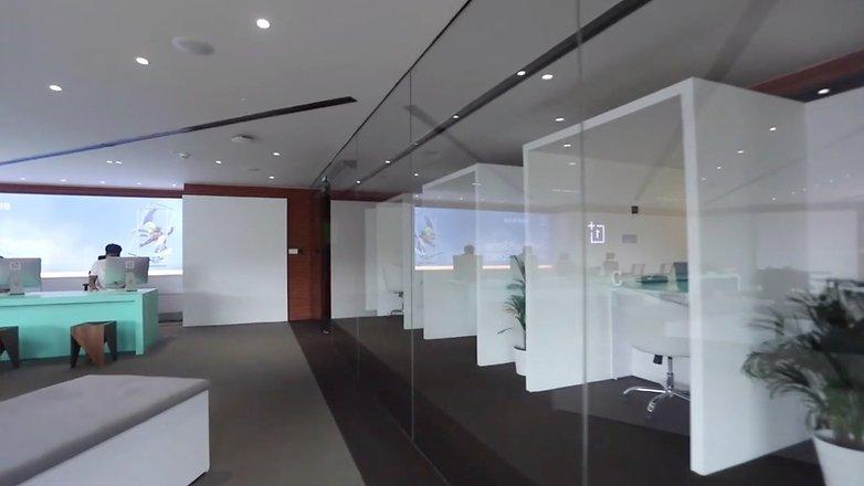 OnePlus Nizam Palce Third Floor