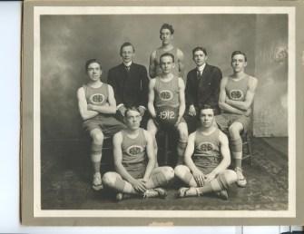 Men's Basketball Team, 1912
