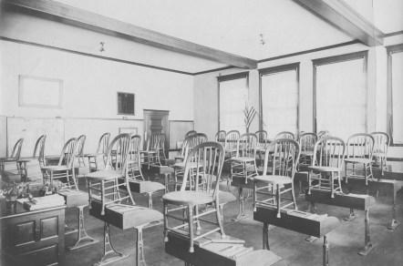 Thompson Hall Classroom, c. 1898-1910