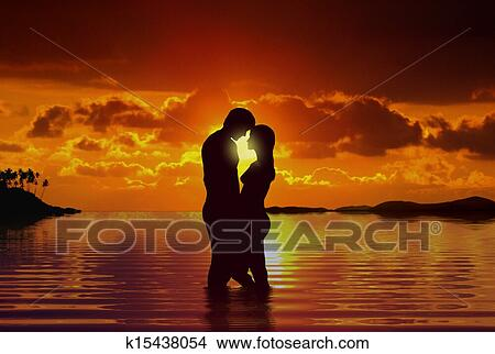 drawings of romantic scene beach