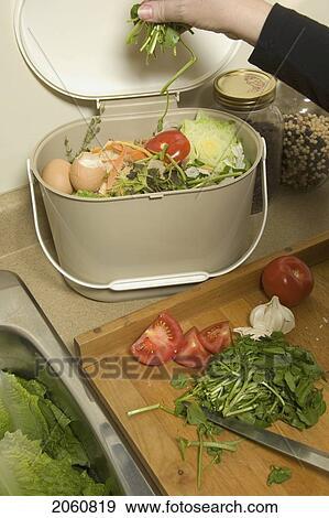 kitchen composter thermometer reviews 创意摄影图片库 有机 再循环 厨房 堆肥 桶2060819 搜寻相片及影像 桶