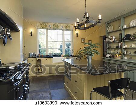 slate floor kitchen aid pro 600 攝影圖庫 花崗岩 worktop 上 島 單位 在 現代 廚房 由于 板岩 地板