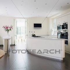 Slate Floor Kitchen Cabinet Layouts 相片 板岩 地板 在 大 現代 白色 廚房u18580359 搜尋攝影作品 廚房
