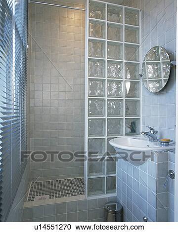 Arquivos de Fotografia  tijolo vidro chuveiro parede