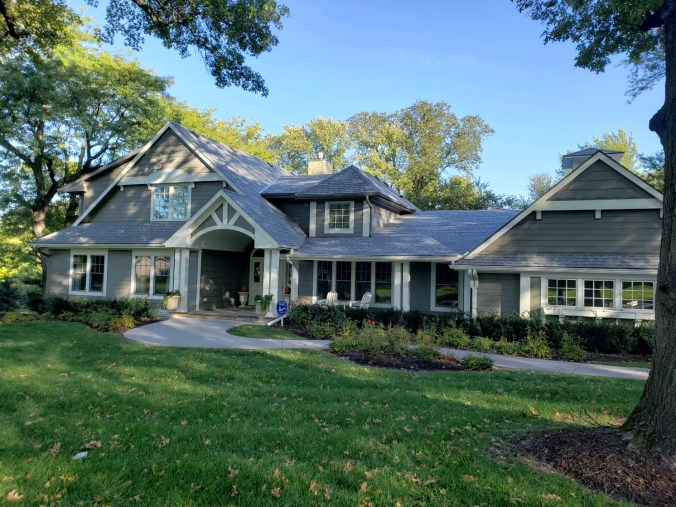 Omaha residential roofing contractor