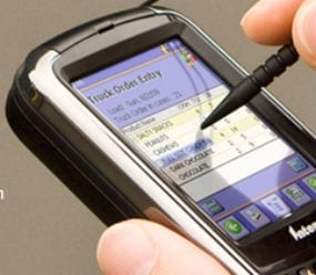 Six Key Factors That Influence Field Service Mobile Strategy