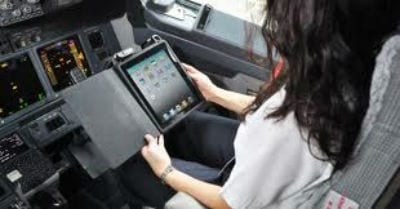 What Airline Pilots Can Teach Field Service Managers About iPads