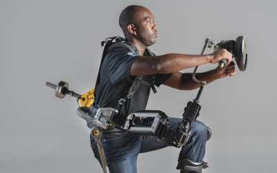 These 4 Bionic Suits Turn Human Technicians Into Iron Man