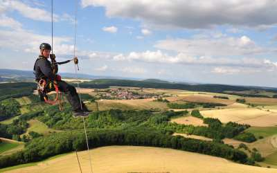 For Climbers, Fixing Wind Turbines Is a Labor of Love