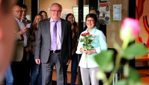 FriedrichSpeeGymnasium Trier  Blumen zum Abschied von Frau Bohr