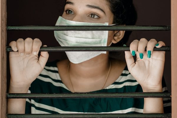 8 Effective Ways to Maintain a Positive Attitude During a Quarantine