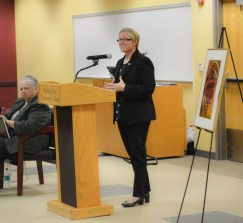 Dr. Susan Looney congratulates and encourages the new inductees to continue striving for their best.