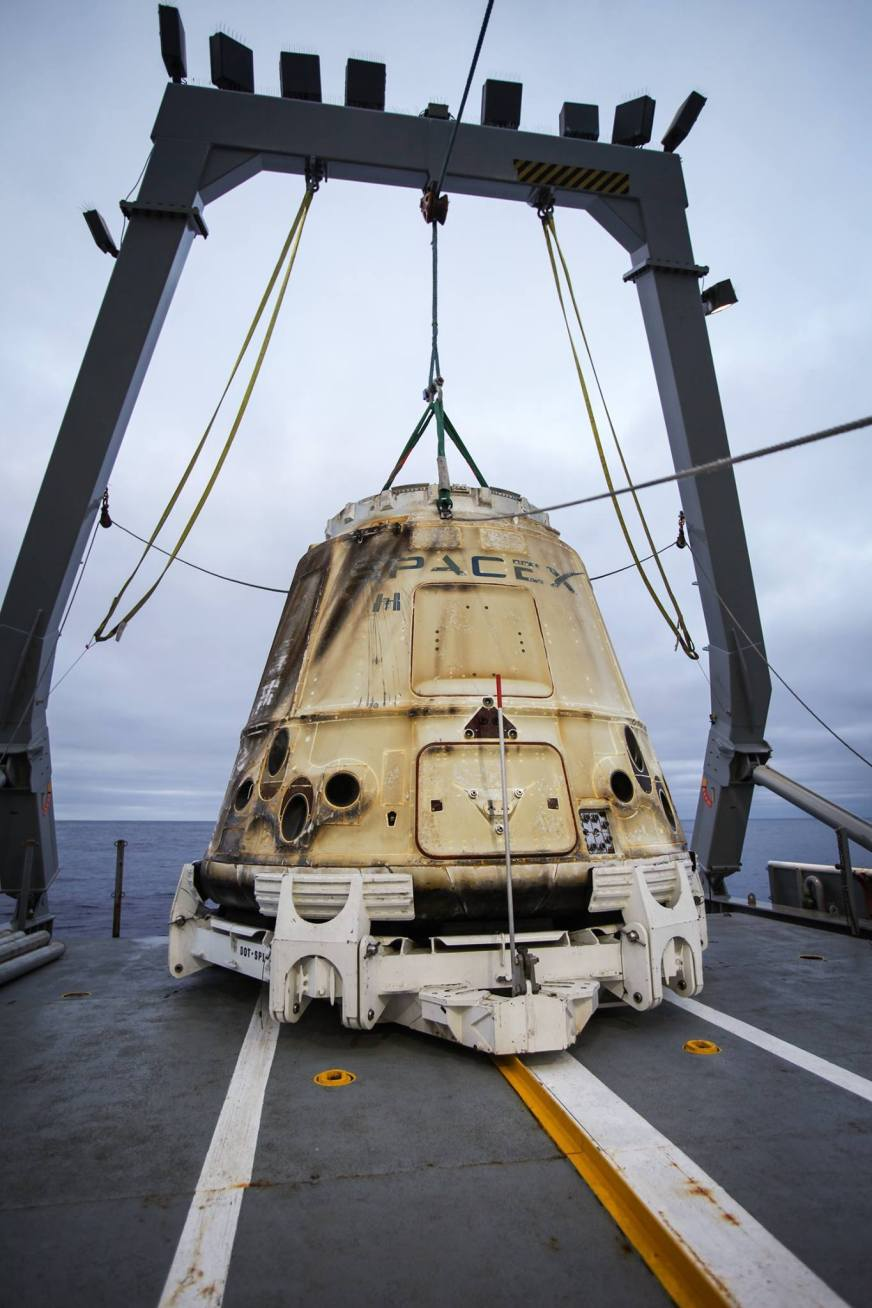 SpaceX Makes History Again with Dragon Cargo Capsule | Inverse