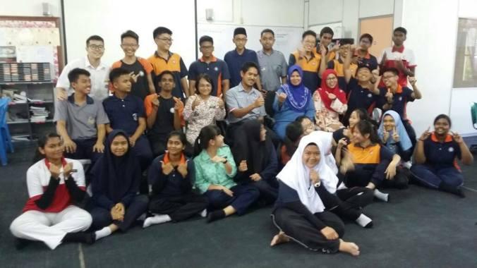 Kursus ICT percuma PHP & MySQL di SMK Puchong (A)