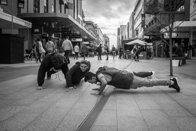 Pushups in Rundle Mall