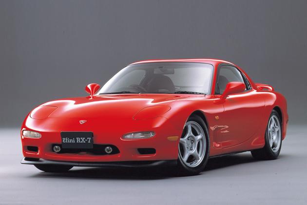 AT限定免許施行と同年の1991年に発売されたアンフィニ RX-7